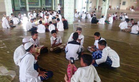 Dauroh AlQuran Sekolah Pemimpin MTs Raadhiyatan Mardhiyyah Putra Balikpapan